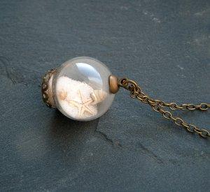 Necklace bronze-colored glas
