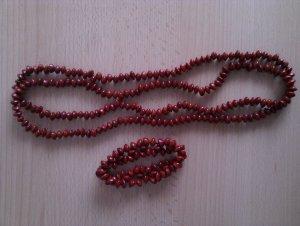Kette und Armband aus roten Holzperlen