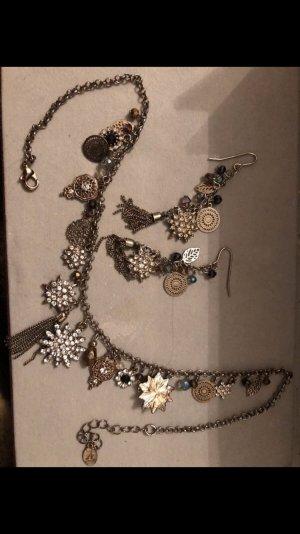 Accessorize Collar color bronce