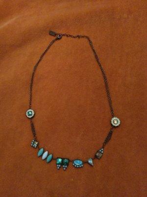 Kette und Ohrringe von Les Néréides in türkis und blau