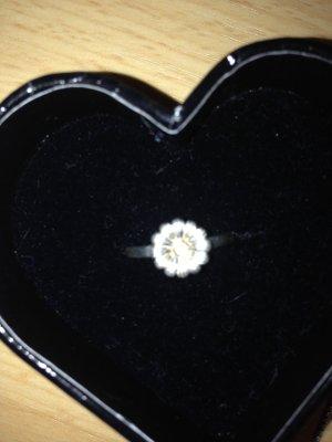 Kette und Ring mit Blume von Thomas Sabo