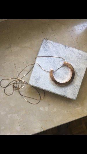 Kette von Cos in Roségold, minimalistischer Schmuck