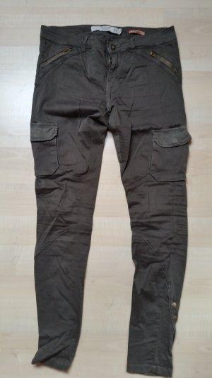 Khaki Cargohose von Zara