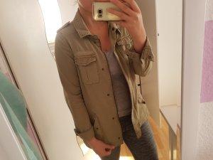 Khaki Grüne Herbstjacke; H&M; Größe: 38
