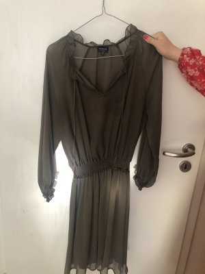 Reserved Chiffon jurk olijfgroen