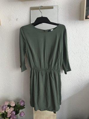 Khaki / grünes Minikleid von H&M