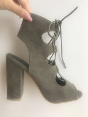 Public Desire Cut Out Booties khaki-green grey