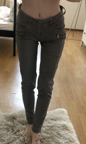 Zara Basic Pantalón de color caqui caqui