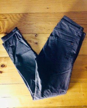 Khakifarbene Skinny Jeans