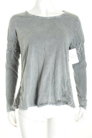 Khujo Pullover grau Street-Fashion-Look