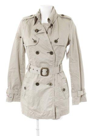 Khujo Trenchcoat hellbeige Street-Fashion-Look