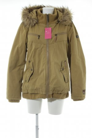 Khujo Winterjacke camel Street-Fashion-Look