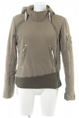 Khujo Winterjacke khaki-grüngrau Street-Fashion-Look