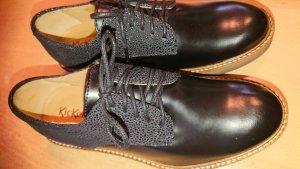 Kickers Zapatos estilo Oxford negro