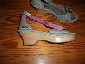 Kickers Sandalen mit Holzsohle