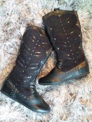 Killah Boots western noir
