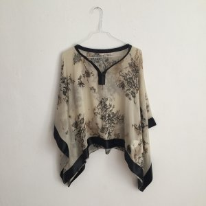 Cape black-oatmeal polyester