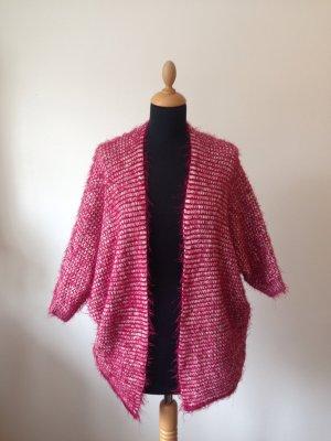 Kimono Fledermaus Oversize flauschig Grobstrick Strickjacke rot creme