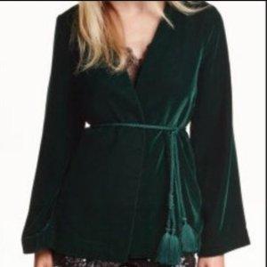 Kimono Jacke mit Gürtel aus grünem Samt Weihnachten festlich