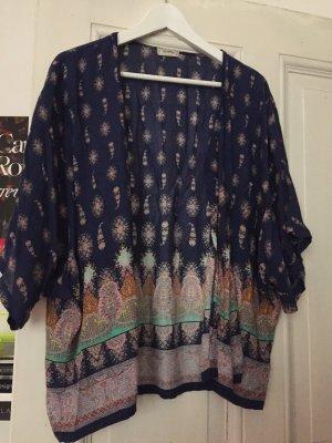 Kimono Jäckchen Bershka