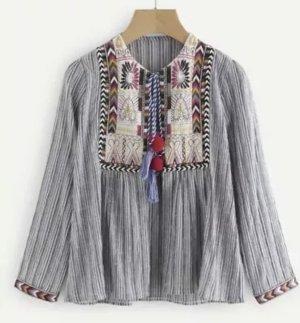 Kimono mit Strickereien