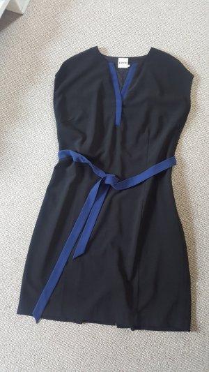 KIOMI THE NOTCHED NECKLINE DRESS - Blusenkleid