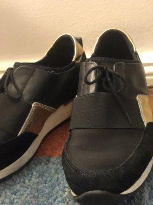 Kiomi Vegan schwarz Gold Sneaker
