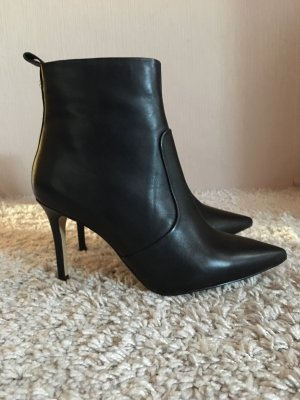 KIOMI Wide Fit High Heel Stiefelette