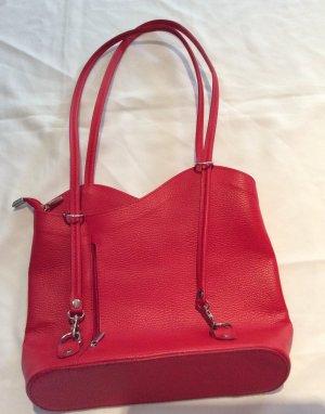Kirschrote Handtasche