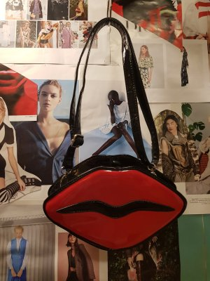 Kiss Tasche / Accessories / Blogger Style