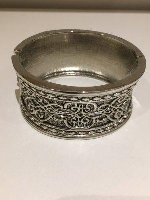 Klapparmband silber, keltisches Muster, wie NEU, nie getragen