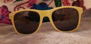 Lunettes de soleil jaune