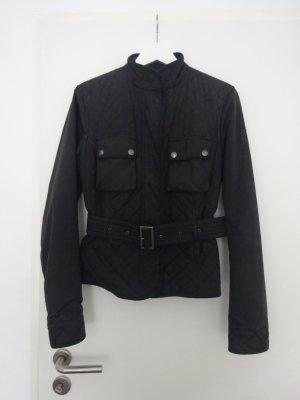 klassiche schwarze Belstaff Jacke