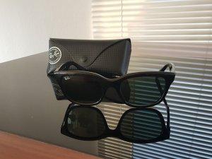 Klassiker: Ray-Ban Sonnenbrille Modell Wayfarer