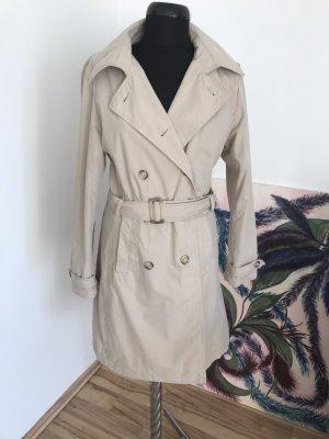 Klassiker-Trenchcoat in beige, Gr. 38/40.