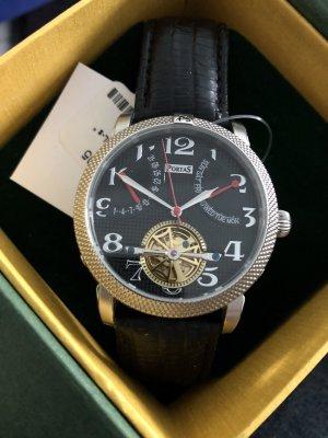 Klassisch elegante Armband Uhr