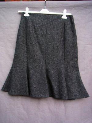 Klassisch-eleganter grau melierter Wollrock
