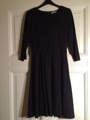Klassisch elegantes Kleid