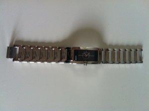 Klassisch schick - Armbanduhr von Esprit