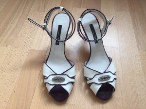 Klassisch-schicke weiße Riemchen-Sandalette von GF Ferré