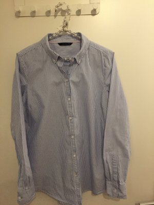 Klassische Bluse in Hellblau
