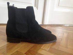 Klassische Chelsea Boots
