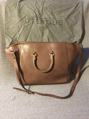 Klassische Handtasche aus Leder von Uterqüe