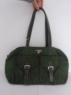klassische Prada Tasche