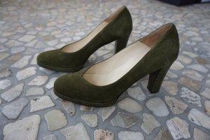 Klassische Pumps oliv grün von Elégance Paris Größe 39