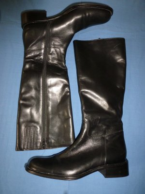 klassische Stiefel im Reiterstil aus hervorragendem schwarzen Leder-Gr.37- neu!