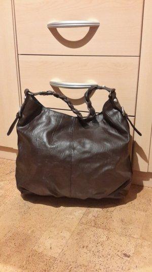 Klassische Tasche in Braun