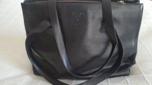 klassische Tasche von Prada