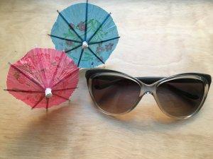 Klassische Yves Saint Laurent Sonnenbrille
