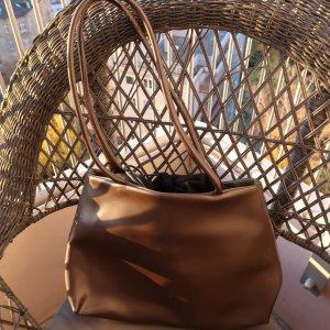 Klassische Zeitlose Business Tasche aus feinem Leder